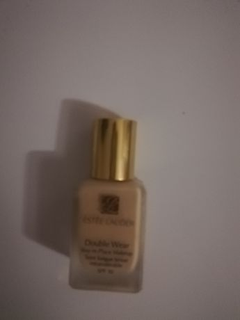 Estte Lauder Double Wear 1w2sand