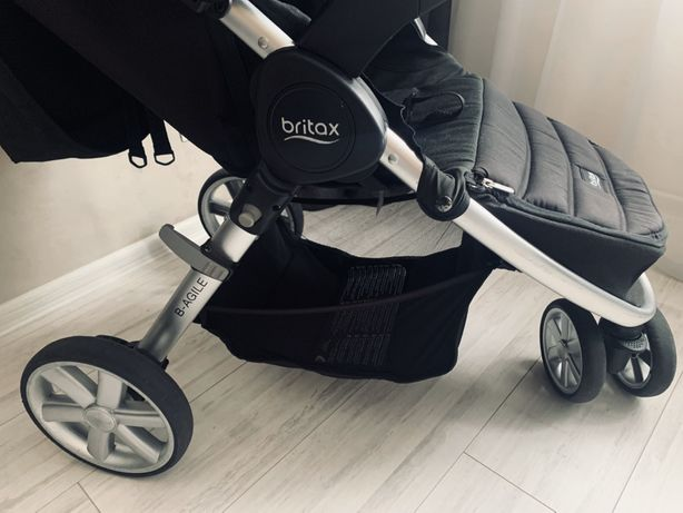Продам детскую коляску Britax  b-agile прогулка