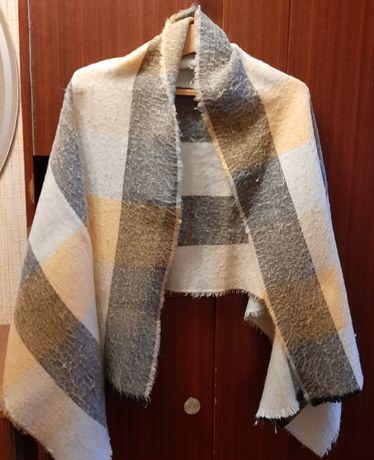 Затишний жіночий шарф