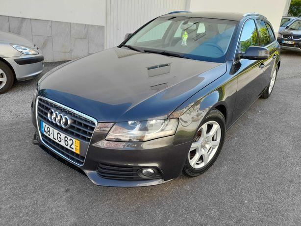 Audi A4 Avant B8 2.0 TDI  GPS Ano 2011