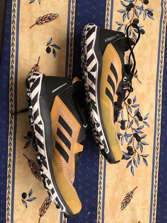 Adidas Terrex Agravic FLOW Gold/Black