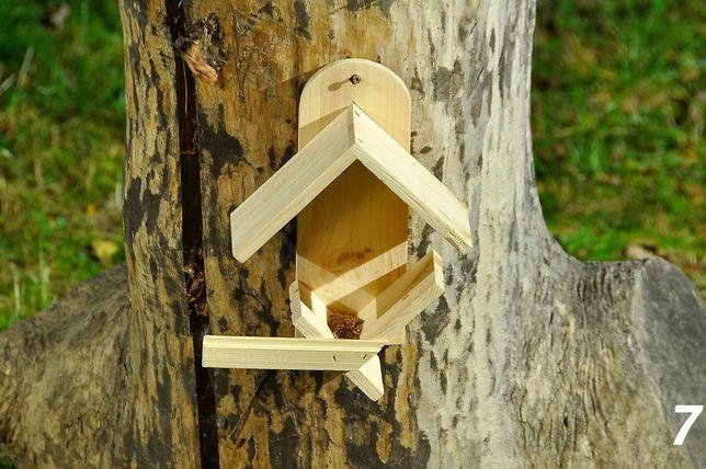 Karmnik drewniany dla ptaków wykonany z drewna iglastego – 7