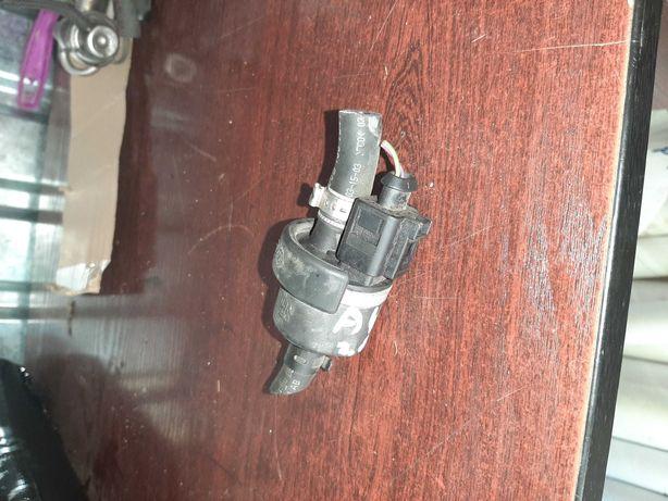Zawór paliwa audi a4 b6 w.0 FSI benzyna kod silnika ALT