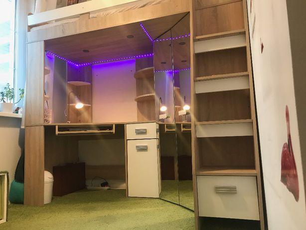Łóżko piętrowe z szafą, biurkiem, materacem. LEDy. Stan idealny.