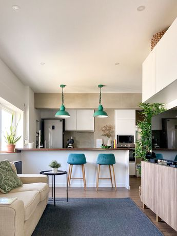 Apartamento T1 Remodelado Primeira Linha de Mar Costa da Caparica