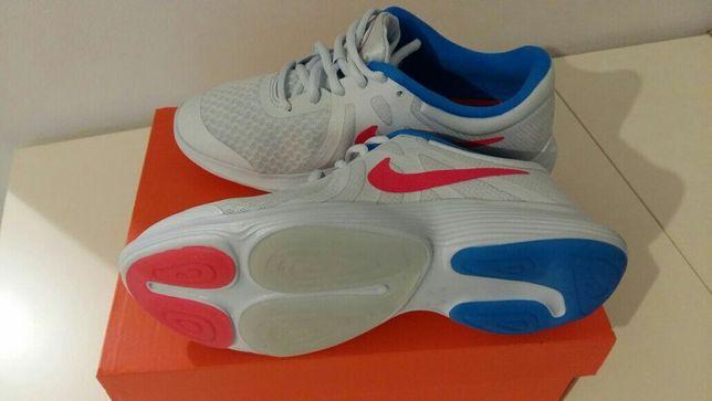 Nowe buty Nike dla dziewczynki roz 36