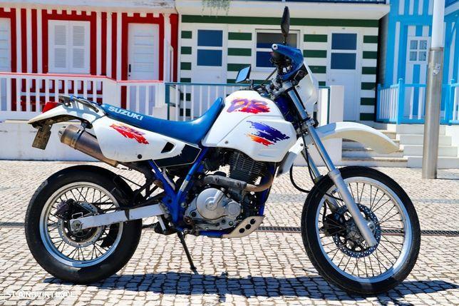 Suzuki DR  650 RE