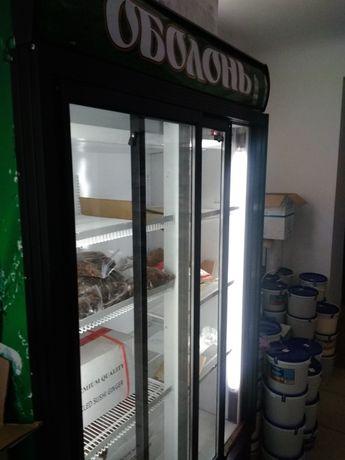 Продам холодильник , витринный, 2 дверный