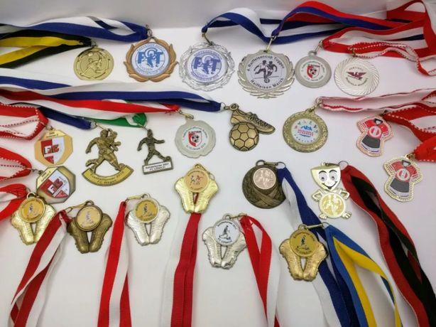 Коллекция спортивных медалей, Англия. 24 штуки.