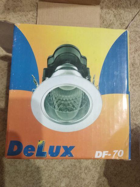 Світильник Delux DF-70
