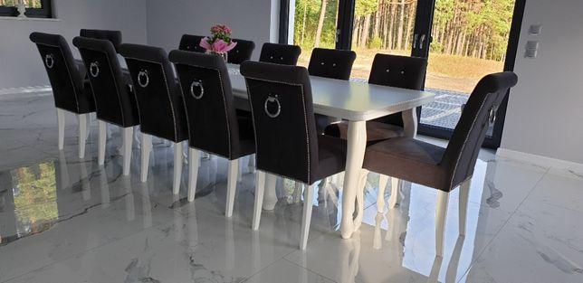Krzesło tapicerowane pikowane z kołatką z pinezkami producent modne