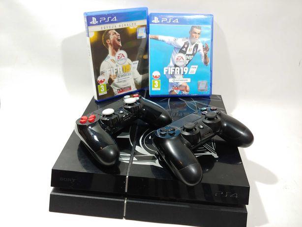 Konsola Sony PlayStation 4 1TB Fat 2 pady