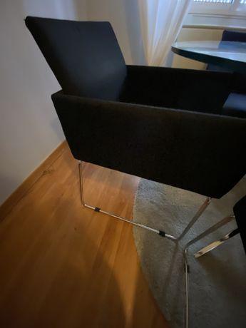 Conjunto 4 cadeiras + mesa