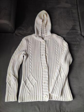 Kremowy sweter z wełną z kapturem bluza na guziki rozm M