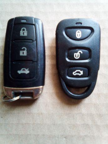 Дистанційні авто ключі 2 штуки