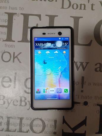 Продам смартфон Sony Xperia M5 Dual (E5633)_white