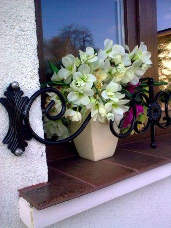 Kwietnik kwiaty donice doniczki