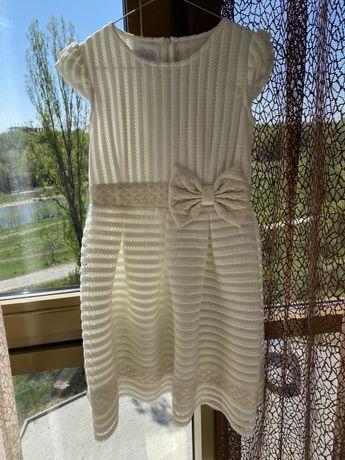 Нарядное платье. Польша . 152 рост