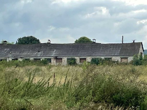 Продам приміщення під склад або виробництво  в селі Жовтанці