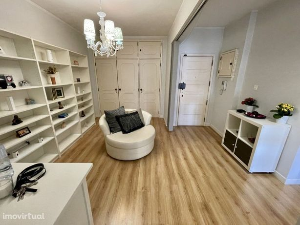 Apartamento T3 na Avenida Dom Dinis (Odivelas)