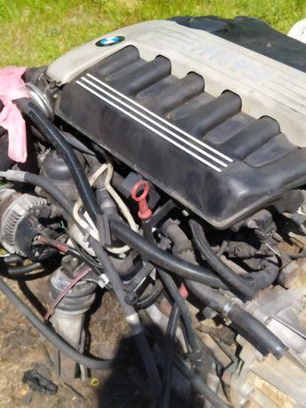 Silnik BMW 530d 184km, skrzynia biegów automat gm