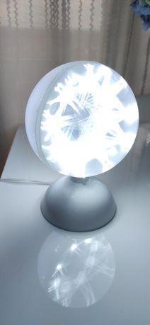 Lampka LED ruchoma,biały efekt