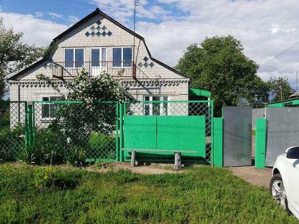 Продам пів будинку Бориспольський р-н  Горобіївка вул. Дружби 9
