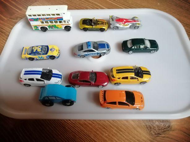 Zestaw aut samochodzików resoraki
