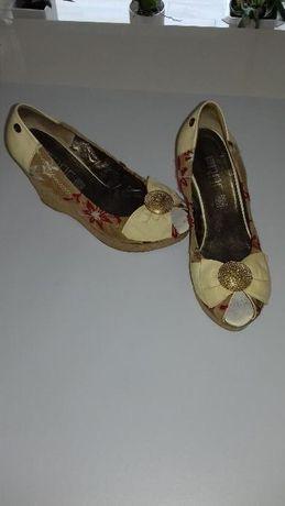 Sapato aberto da Prof
