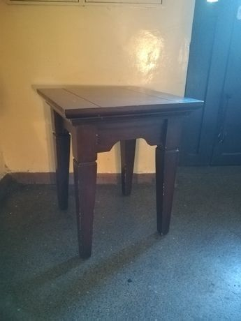Stolik retro brązowy