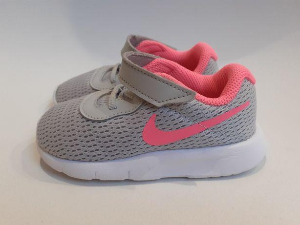 Buty sportowe Nike tanjun szare 23.5