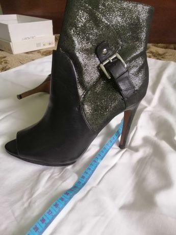 Ботильйоны туфли  38 размер с открытым носом
