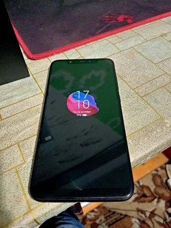 Xiaomi mi8 6/64 (2 чехла) ОБМЕН.не lite, не note 9, не samsung,