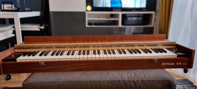 Unitra Estrada 108 piano