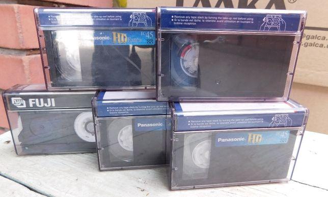 Продам кассеты б\у к видео камере.
