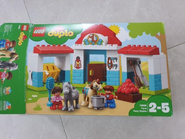 LEGO duplo 10868 Stajnia z kucykami kompletny jak nowy