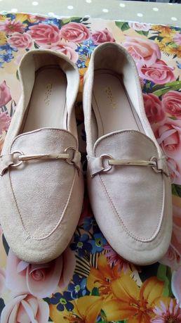 Туфли женские 39—40 размер