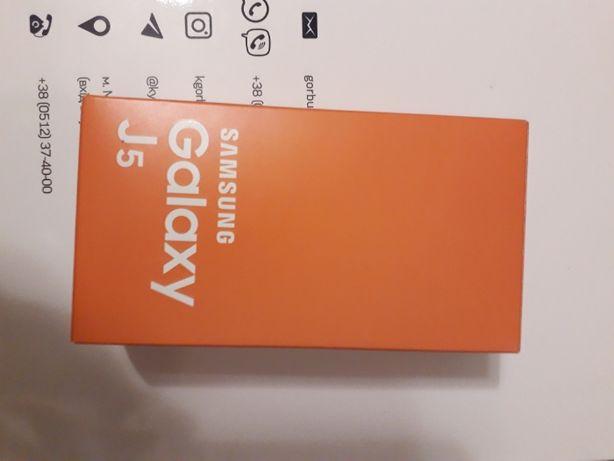 Продаю телефон (смартфон) samsung j5