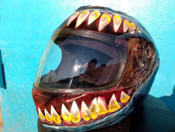 Шлем модуляр с аэрографией Веном