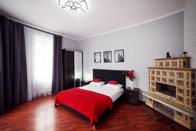 Очень красивая квартира в центре Львова ,балкон,парковка.Возле Форума