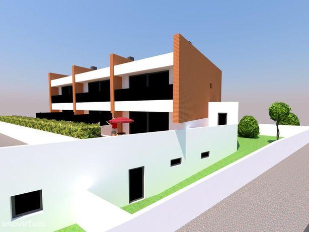 Terreno para construção de 3 Moradias na Madalena (praia9 V N Gaia