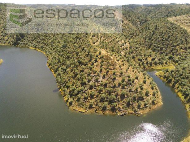 Terreno junto à Barragem - Fratel