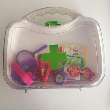Zestaw Lekarski torba z akcesoriami lekarza zabawka