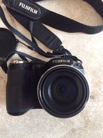 Фотоаппарат полу профессиональный Fujifilm FinePix S2950