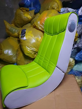 Fotel multimedialny dla gracza