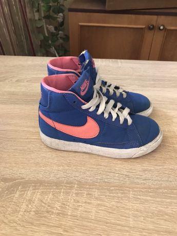 Кроссовки Nike кеды