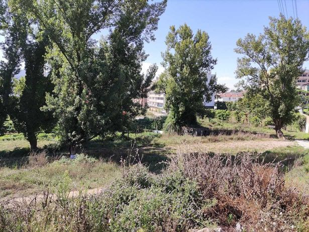 Terreno para construção em Gualtar 800m2.