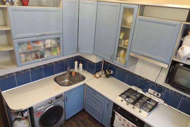 Продам 2-х комнатную квартиру в центре