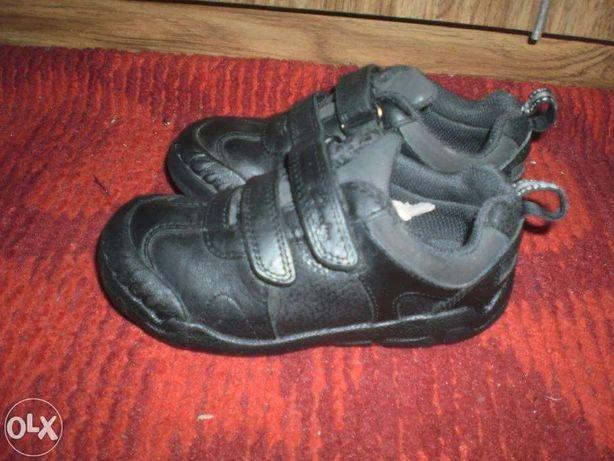 Кроссовки туфли ботинки кожаные Clarks разные
