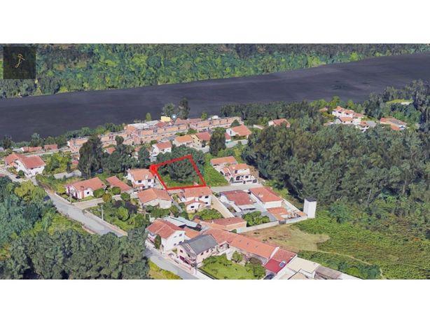 Lote terreno para moradia térrea de 4 frentes Gondomar (F...